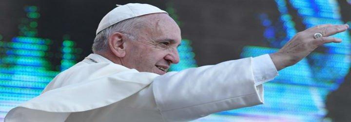 """El Papa explica que ser misericordiosos significa """"no desplumar a los demás con críticas, envidias o celotipias"""""""