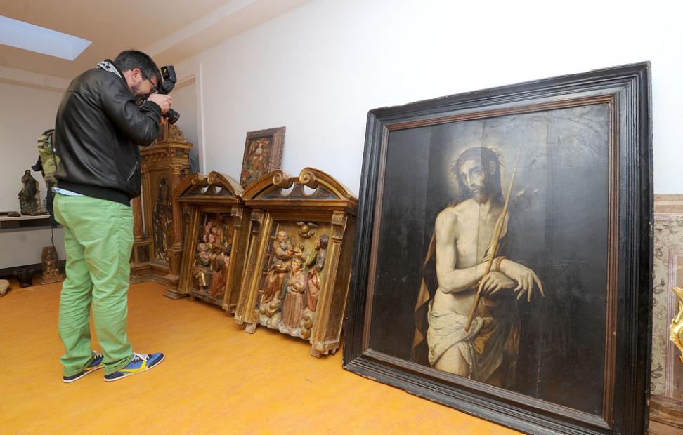 Desarticulada una banda que vendía arte religioso robado