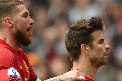 Piqué y Sergio Ramos echan a Laporte de España