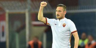 Totti vuelve a hacer historia