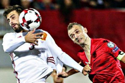 España abre la muralla y gana a Albania 0-2