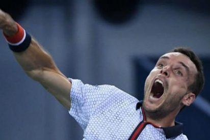 El español Roberto Bautista destrona al 'emperador' Novak Djokovic en Shangái