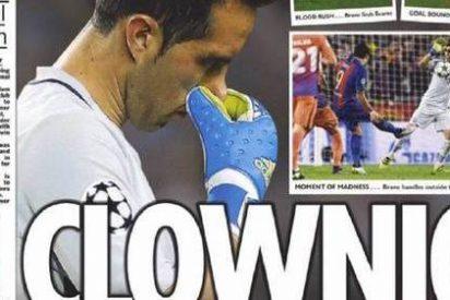 """La prensa inglesa sacude a a Guardiola y se ceba con Bravo: """"Payaso"""""""