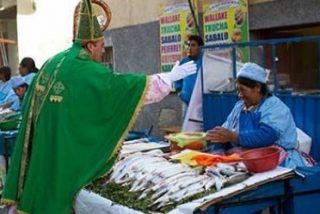 Una Iglesia de ex-curas irrita a la jerarquía católica boliviana