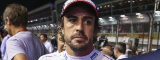 """Fernando Alonso: """"Supongo que Sainz no me vio"""""""