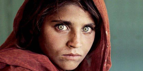 Meten entre rejas a la 'niña afgana' que fue portada de National Geographic