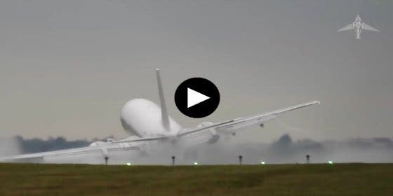 Terror entre los pasajeros: el aterrizaje de un Boeing 737 que casi termina en drama