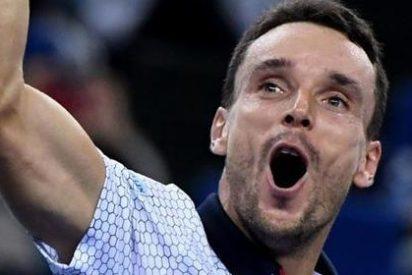Bautista elimina Tsonga y se cita en semifinales de Shanghai con Djokovic
