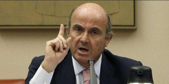 Luis de Guindos cree que la economía de España crecerá por encima del 3,1% que calcula el FMI