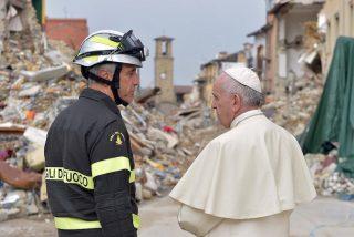 Un pequeño terremoto recibió al Papa en Amatrice