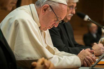 """""""Cada elección del Señor se caracteriza por la oración: Jesús reza por nosotros"""""""