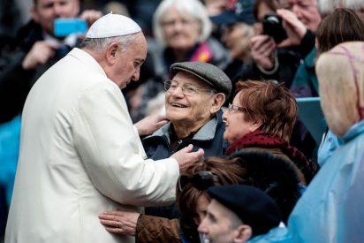 """Francisco: """"Las personas mayores son parte esencial de la comunidad cristiana y de la sociedad"""""""