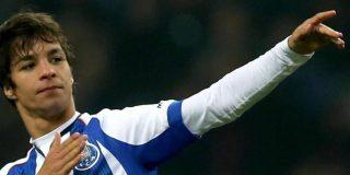 Inaudito: Óliver Torres puede condenar... ¡al entrenador del Dortmund!