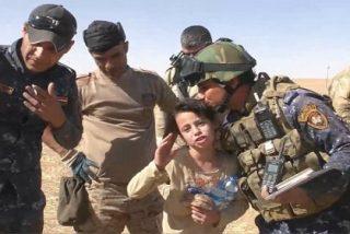 """[VÍDEO] La niña de 10 años salvada de las garras del ISIS: """"Pensaba que nunca ibais a venir"""""""