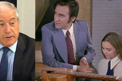 """Jesús Cacho se 'cachon-dea' de la 'cobertura' que hizo TVE sobre la guerra en Ferraz: """"¡Pongo La1 y había una película de Manolo Escobar!"""""""