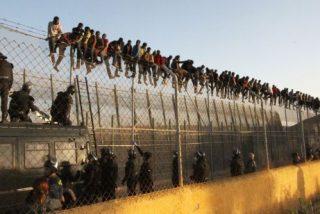 Sancionan al guardia civil que iba de héroe rescatador menores inmigrantes porque se inventó la 'proeza'