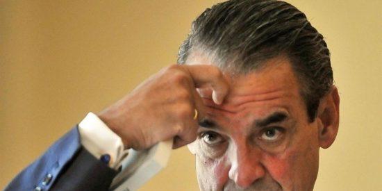 El juez Pedraz halla 35 sociedades ocultas en las cuentas de Mario Conde en Inglaterra