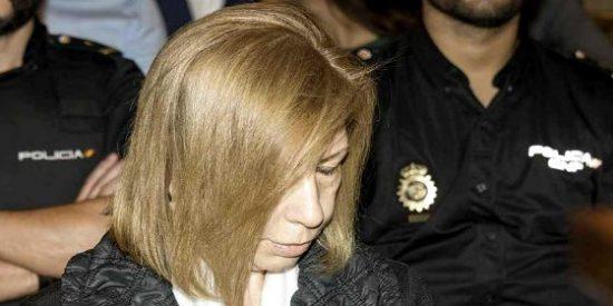 """Munar confiesa entre lágrimas el soborno millonario de Can Domenge: """"Estoy muerta política, económica y socialmente"""""""