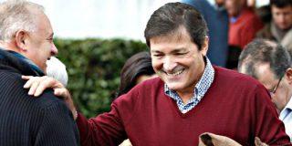 El PSOE agotará los plazos para afianzar la abstención en la investifura de Rajoy