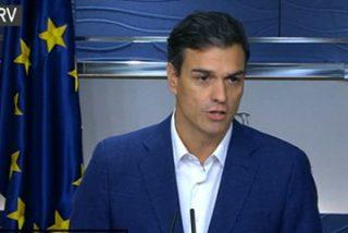 Pedro Sánchez renuncia entre lágrimas al acta de diputado, pero amenaza con volver