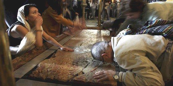 Los secretos de la tumba de Cristo que se abre por primera vez en cinco siglos