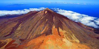 Lava de incompetencia y erupciones de tropelías varias sobre el volcán de El Teide