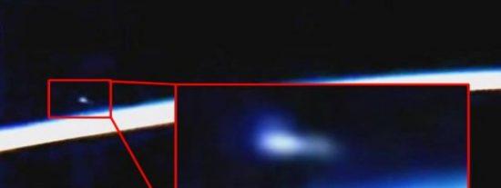 [VÍDEO] La NASA corta su emisión desde la EEI al aparecer este extraño OVNI