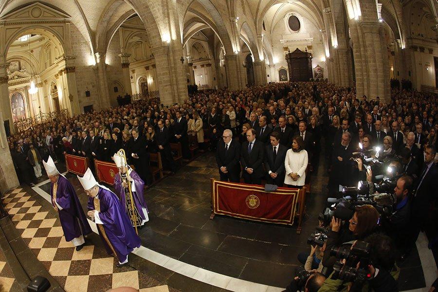 """Cañizares, en el funeral de Barberá: """"No hagamos más víctimas ni condenemos fuera de tribunales legítimos y justos"""""""