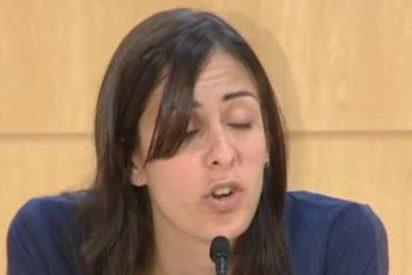 Pegan un 'apretón a Rita Maestre y la de Podemos se queda muda y con cara de gilipollas