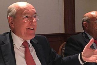 """Carlos Romero: """"El nuevo escenario parlamentario es buenísimo, los políticos tendrán que sentarse a dialogar y pactar"""""""