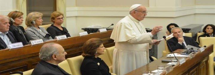 """El Papa denuncia la droga como """"una nueva forma de esclavitud, un veneno que corrompe y mata"""""""