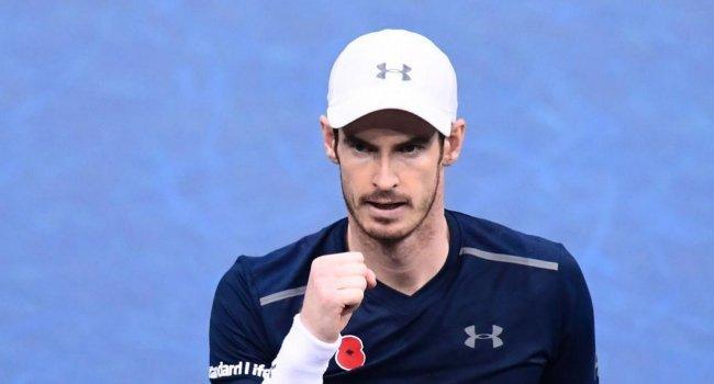 Djokovic cae en París y Murray se pone a una victoria del número uno