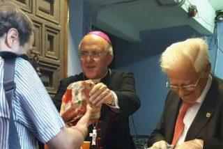 Francisco recibirá a medio centenar de personas sin techo de la iglesia de San Antón de Madrid