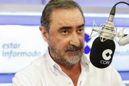 """Carlos Herrera cornea a los de Cáritas Salamanca desde la COPE: """"Tontos hay en todas partes, hasta en la casa de uno"""""""