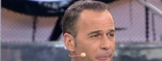 Impacto total: Carlos Lozano a gritos con dos 'triunfitos' en los pasillos de Telecinco