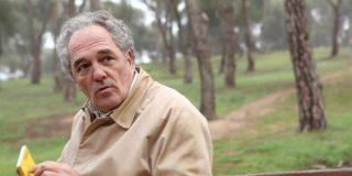 El drama del actor Carlos Olalla ('La embajada'): Recita poesía en el Metro para poder sobrevivir