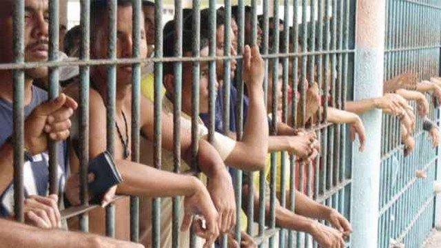 El Paraíso de Podemos: Un preso venezolano obligado a comerse vivo al compañero de celda