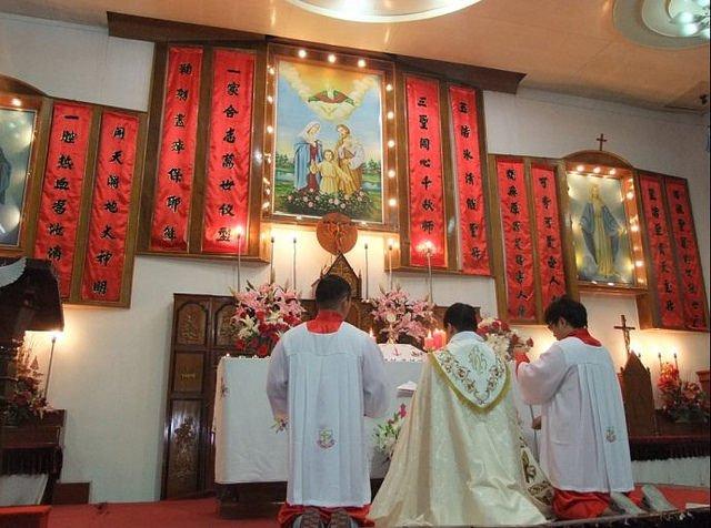 La Santa Sede asegura no haber autorizado ninguna ordenación episcopal en China
