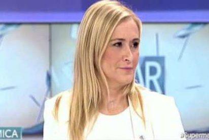 Cristina Cifuentes acusa a Pablo Iglesias de beneficiarse en una casa protegida pese a sus suculentos ingresos