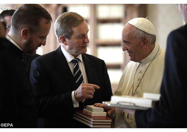 El primer ministro de Irlanda invita al Papa a Dublín en 2018