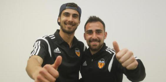 Alcácer y André Gomes (y su precio) generan mal rollo en el vestuario del Barça