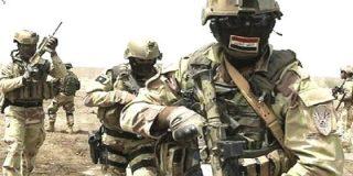 Las alimañas del ISIS se defienden panza arriba tras entrar en Mosul los soldados iraquíes