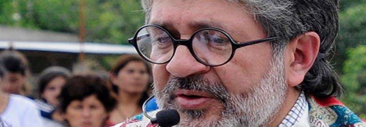 """""""El padre Juan (Viroche) se enfrentó con valentía a las mafias que manejan el narcotráfico"""""""