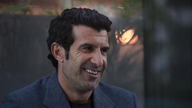 Roban cerca de medio millón de euros en el chalé de Luis Figo en Madrid