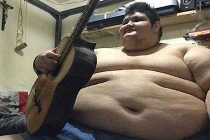 El hombre más obeso del mundo inicia un tratamiento para bajar su media tonelada