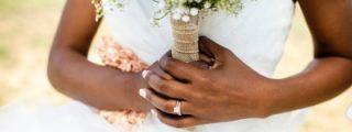 [VÍDEO] Descubre que su novio es un cabrón cuando la amante aparece en plena boda ¡vestida de novia!