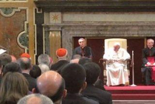 Francisco entrega el Premio Ratzinger a Inos Biffi y Ioannis Kourempeles