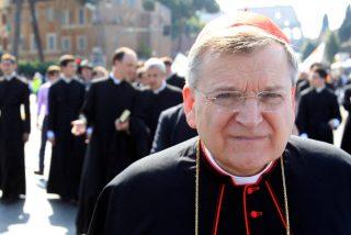 """Burke amenaza al Papa con hacerle """"un acto formal de corrección de un error grave"""""""