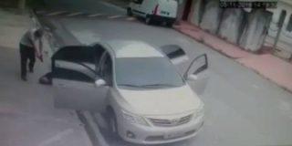 [VÍDEO] El conductor de Uber que mata sin piedad a tres atracadores