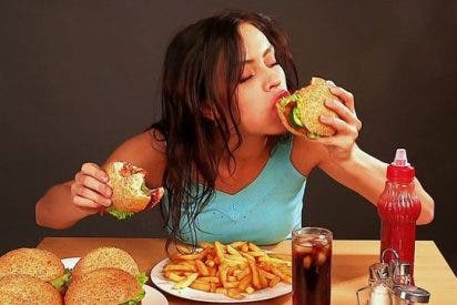 Los 10 consejos para calmar la ansiedad que provoca comer comida grasienta